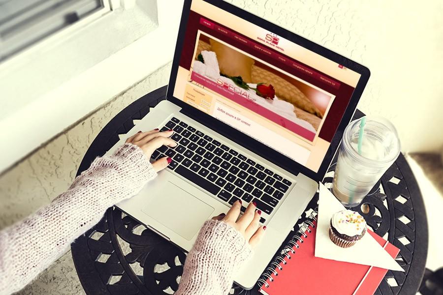 Уеб сайт на София Плейс Хотел