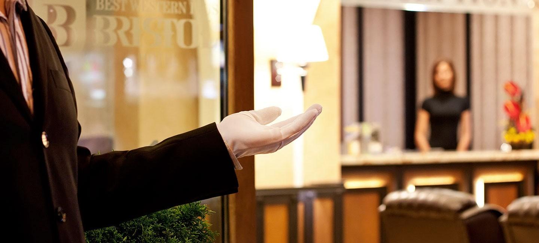 Уеб сайт и фотографии за хотел Бристол, верига Бест Уестърн