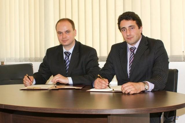 Рекламна фотосесия в офиса на Тосков и Йорданов