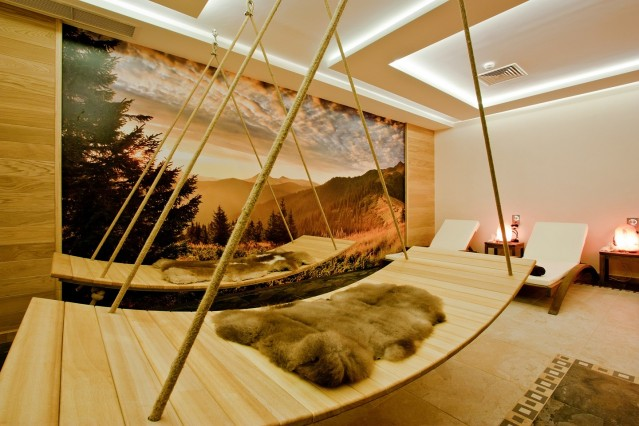 Интериорна фотография на хотел Земята и хората