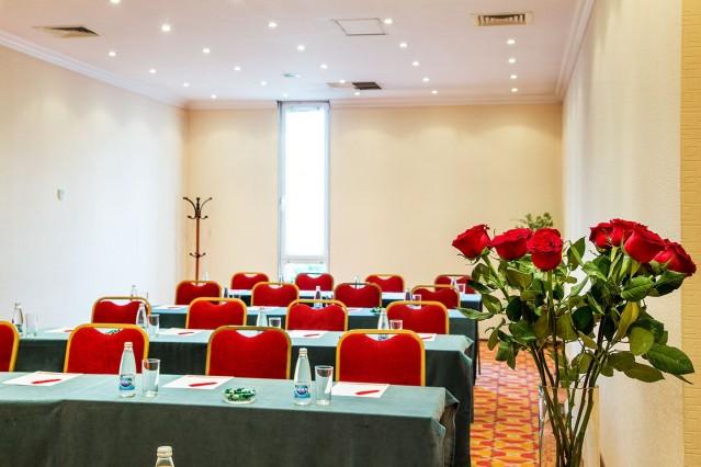 Интериорна фотография на хотел Рамада