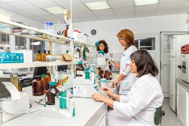 Фотография на лаборатория Ел Би Булгарикум