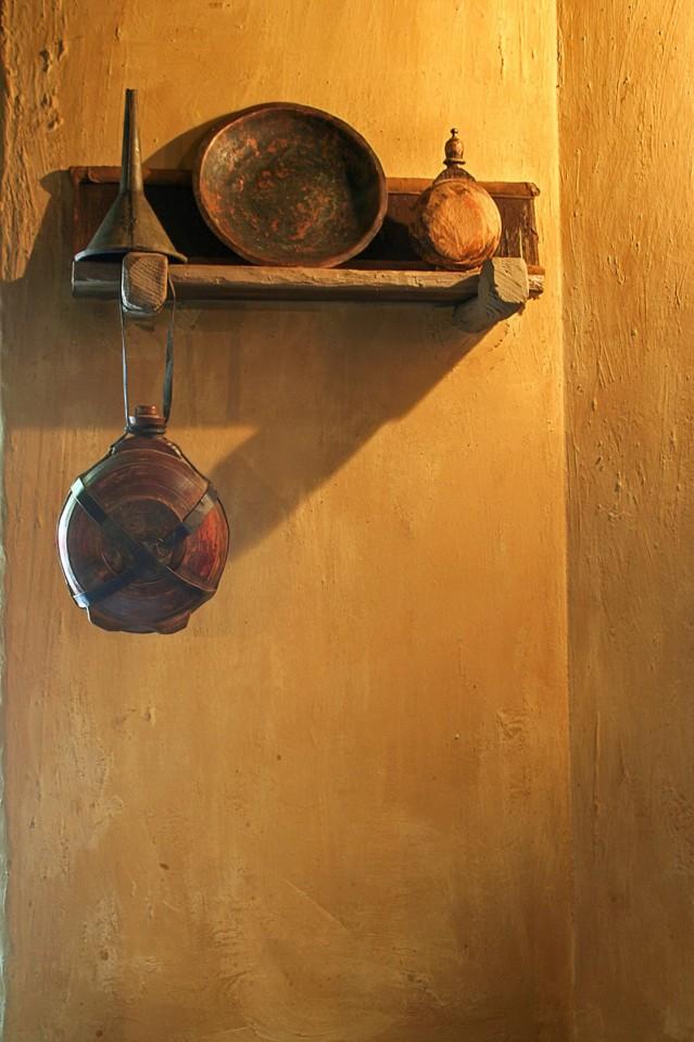 Интериорна фотография на ресторант Под липите