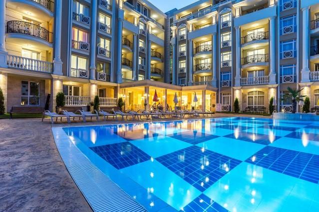 Интериорна фотография на хотел Ренесанс