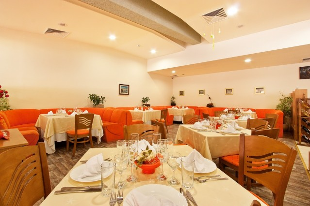 Интериорна фотография на хотел Мадара