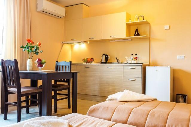 Интериорна фотография на Апрат хотел Росен
