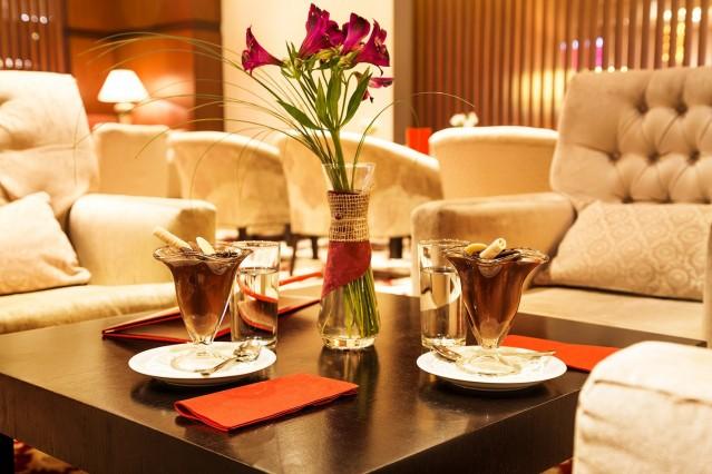 Интериорна фотография на хотел Рамада 2017